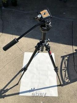 Bogen Manfrotto 3205 Tripod withManfrotto 3130 Micro Fluid Head & Quick Plate, NICE