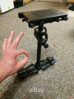 Glidecam HD-2000 Stabilizer System With Quick Release Mounting Plate GREAT CONDIT
