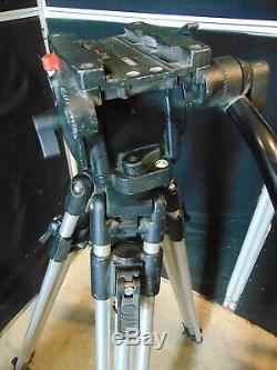 Manfrotto 516 Fluid Head With 3181 Tripod With New Quick Release Plate S4433
