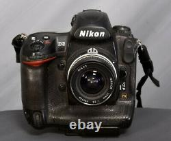 Nikon D3 12MP f/2.9x Digital SLR Camera withLens, quick release plate + batteries