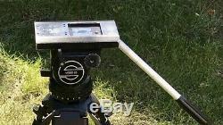 Sachtler Video 20 Tripod Fluid Head with Legs, Spreader, Handle & Plate V20 7+7