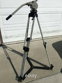 Vinten Vision 10 Complete Tripod Sticks, Head, Spreaders and Plate