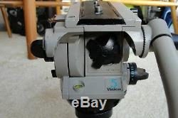 Vinten Vision 5 Head with telescoping Pan Bar, (2) quick release plates