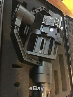 Zhiyun Crane V2 3-Axis Handheld Gimbal Stabilizer with P200 Quick Release Plate